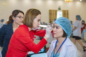 Eva Xinh luôn có những khác biệt để nâng cao trị giá đào tạo phun xăm