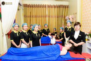 Khóa học chăm sóc da chuyên nghiệp tại Học Viện Eva Xinh