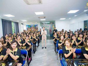 Khóa học nghề nail chuyên nghiệp ở Eva Xinh